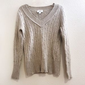 Ann Taylor Loft v neck sweater size small